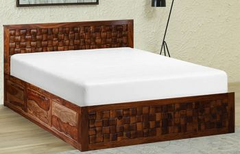 Furny Debulina Teak Wood Bed